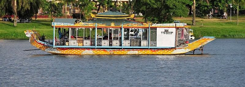 HUE CITY 1 DAY TOUR BY BOAT
